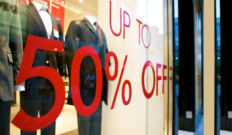 Μείωση πωλήσεων στις καλοκαιρινές εκπτώσεις